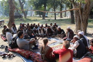 Möte med Van Gujjaerna i byn Kalhula