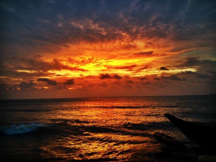 Solnedgång över Indiska Oceanen