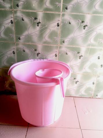 Hink för dusch och tvätt