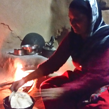 Kanikas mamma Kalaa bakar chapati
