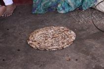bröd! värms i en panna och säljs sedan på marknaden